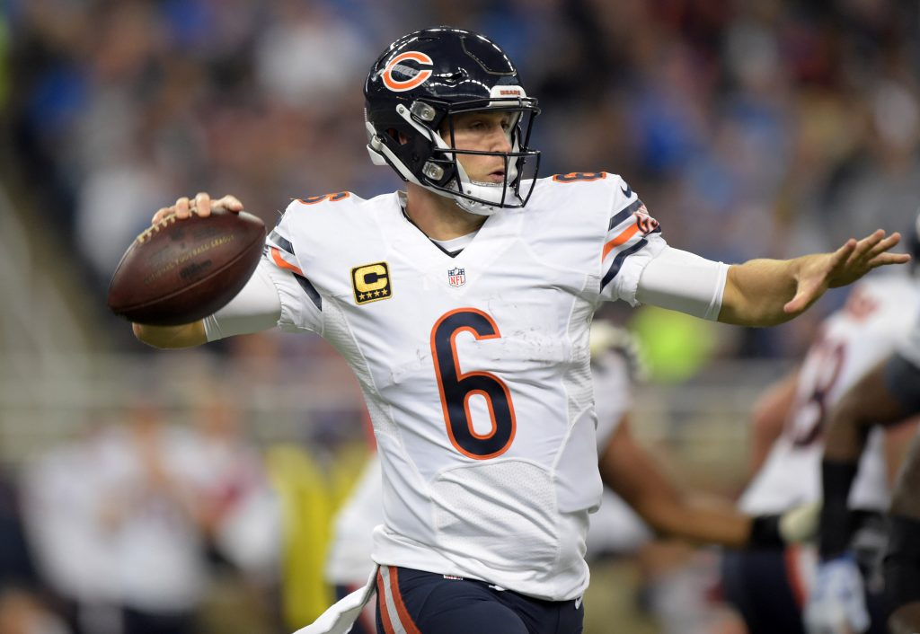 With Jay Cutler back in the action, the Bears hope to finally record their 2nd win of the season!!!