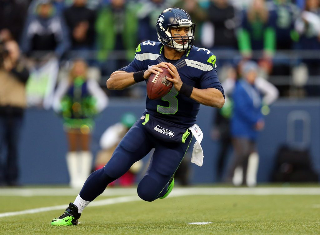 Quarterback Russell Wilson #3 of the Seattle Seahawks has struggled with injuries lately!!!